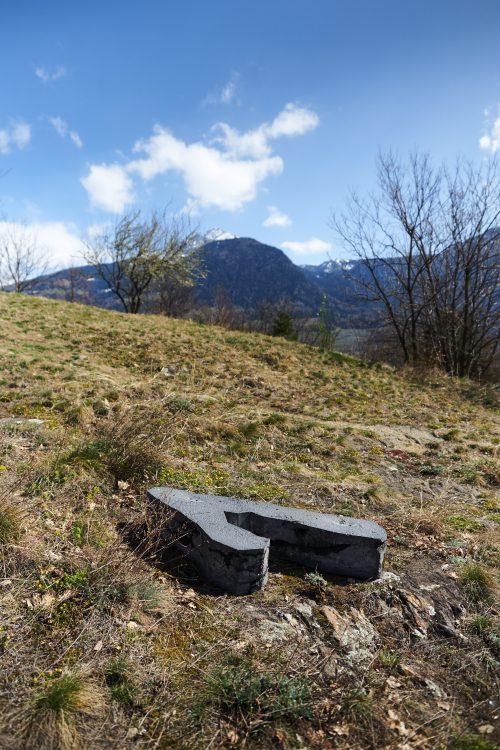Alvaro Urbano, My Boy, with such Boots, we may Hope to Travel Far , 2016 Dorf Tirol/Tirolo Foto: Daniel Mazza