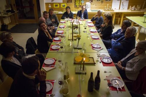 dinner in the framework of Annemarie, gardener in the framework of Tamás Kaszás, Bauhaus Beehive, 2015. Photo: Daniel Mazza